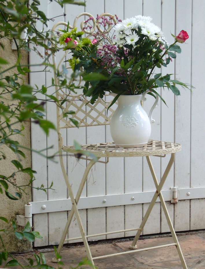D coration terrasse fleurie inspiration shabby - Decoration terrasse fleurie ...
